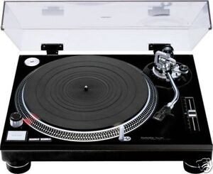 Panasonic Technics SL-1210MK2 Turntable