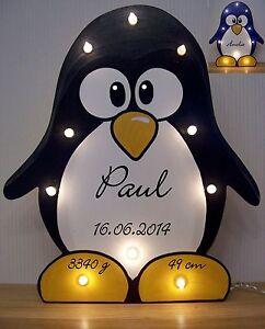 Pinguin-schwarz-o-blau-Schlummerlicht-mit-Namen-Daten-Geschenk-Geburt-Pingu