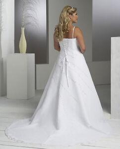 Plus size lace up long train wedding dressbridal gown sz for Plus size wedding dresses size 28