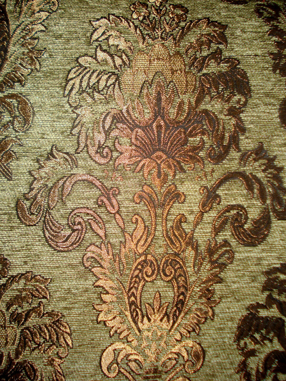 tissu d 39 ameublement baroque antique neuf jaquard chenille. Black Bedroom Furniture Sets. Home Design Ideas