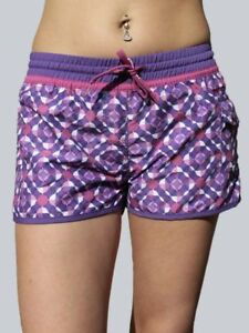 Protest-Boardshort-Marie-lila-Groesse-S-bis-L-36-40
