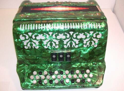 ROSSETTI ACCORDION 34 BUTTON 12 BASS 3 SWITCH FBE GREEN ACORDEON FA VERDE in Musical Instruments & Gear, Accordion & Concertina | eBay