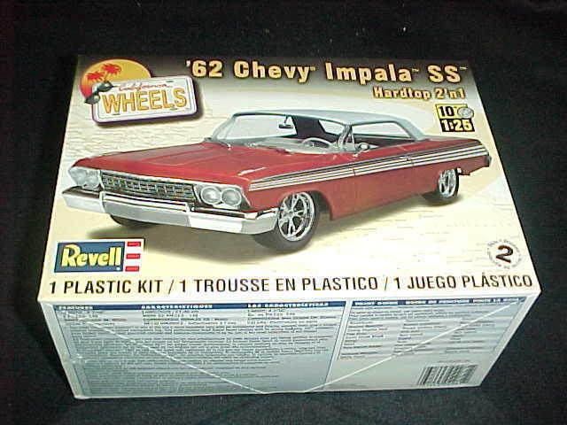 Revell 62 CHEVY IMPALA SS hardtop 2n1 car model kit 031445042812