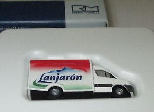 Rietze-16178-WAS-Ambulanz-RTW-Lanjaron-ES-1-160-Neu-OVP