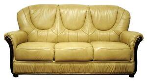 Salotto divano classico in vera pelle 3 posti crema prezzo for Divano 7 posti prezzo
