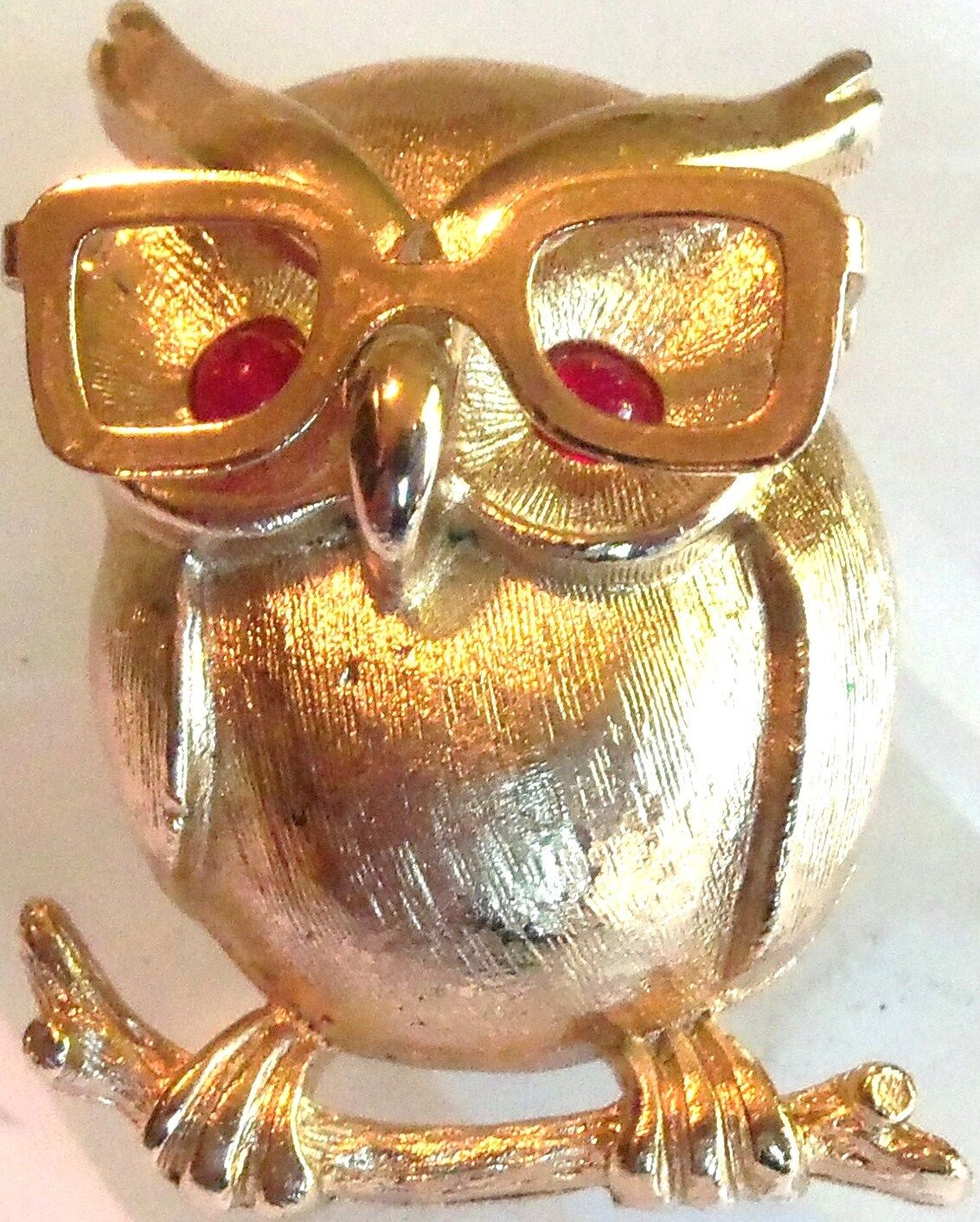SARAH COVENTRY GOLDPLATED CUTE OWL WEARING GLASSES PIN