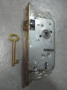 Serratura a infilare per porta interna porte interne bordo - Serratura porta finestra ...