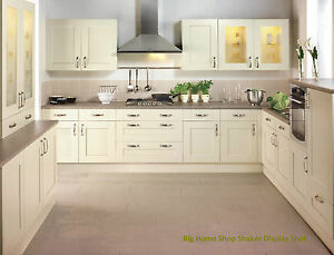 shaker style kitchen vanilla doors matching cabinet worktops appliances ebay. Black Bedroom Furniture Sets. Home Design Ideas