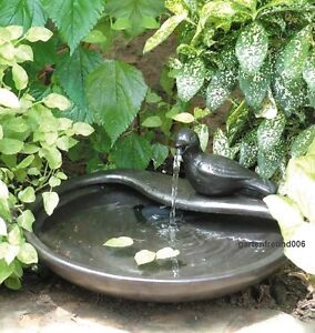 solar garten brunnen springbrunnen taube solarbrunnen zierbrunnen gartenbrunnen ebay. Black Bedroom Furniture Sets. Home Design Ideas