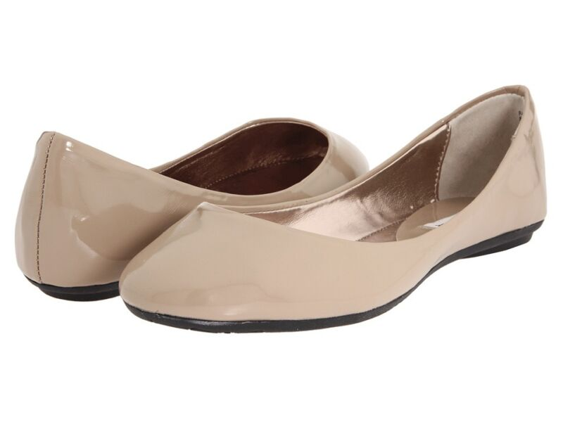 STEVE MADDEN Heaven NUDE Taupe Flats Ballet Shoes Womens Patent Leather New