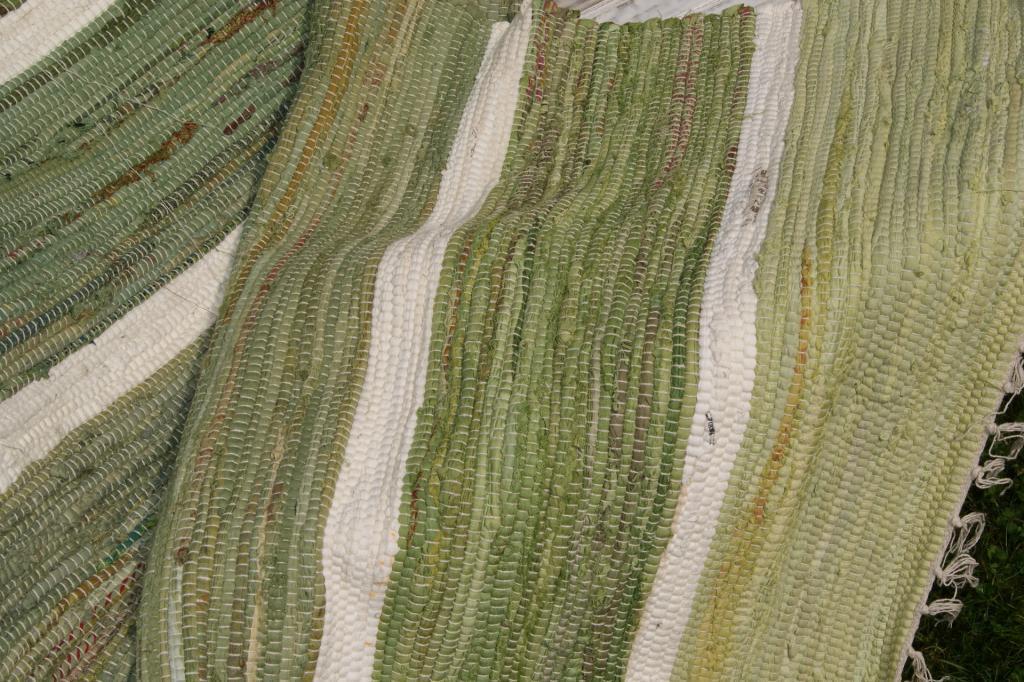 stripe gr n flickenteppich 70x140 fleckerlteppich schweden landhaus carpet ebay. Black Bedroom Furniture Sets. Home Design Ideas