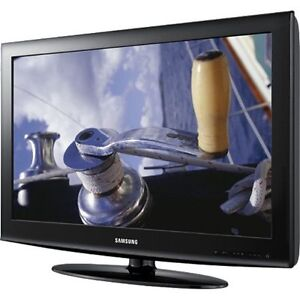 "Samsung 403 Series LN32D403 32"" 720p HD ..."