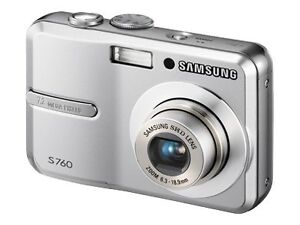 Samsung S760 7.2 MP Digital Camera - Sil...