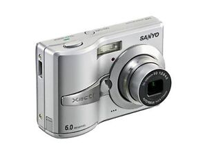 Sanyo Xacti VPC-S60 6.0 MP Digital Camer...