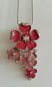 Schlangenkette-mit-Metall-Anhaenger-7-cm-Bluete-Blume-Lack-pink-rosa-Strass-NEU