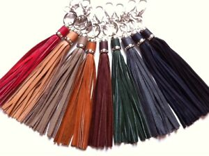Schluessel-Taschenanhaenger-Leder-Fransen-braun-gruen-blau-beige-rot-grau-schwarz