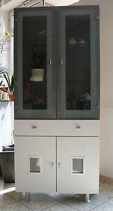Schrank vitrine glasvitrine weiss grau jugendschrank for Wohnzimmerschrank grau