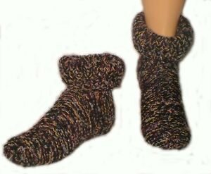 Wool Works knitting patterns: socks and slippers