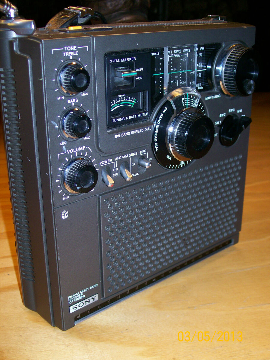 Sony ICF 5900W Shortwave Receiver Radio SW Dual Conversion Am FM DX Japan Works
