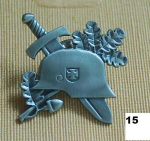 Der Stahlhelm Badge http://www.ebay.de/itm/Stahlhelm-Eichenlaub-EK-Military-BW-Pin-Button-Badge-/400232967553
