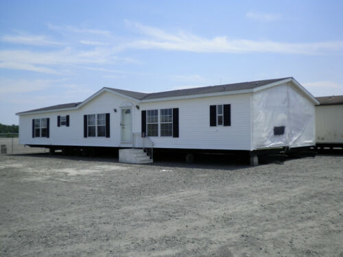 55 Manufactured Home Gated Golf Community Triple Wide