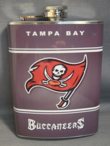 TAMPA BAY BUCCANEERS 8oz RED STAINLESS STEEL FLASK NEW NFL