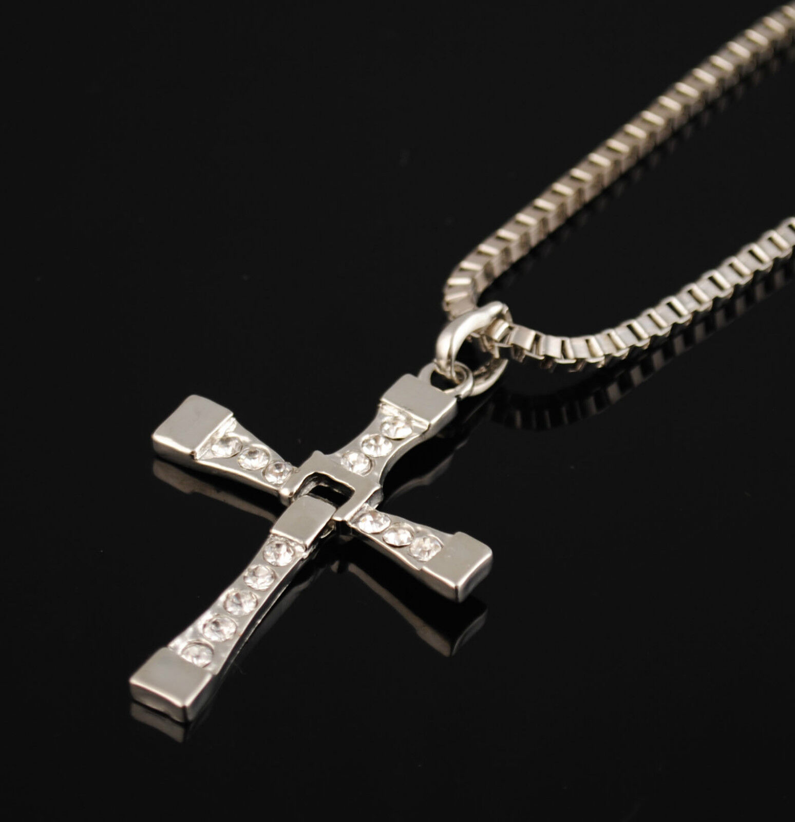 the fast the furious dominic torettos cross pendant 26