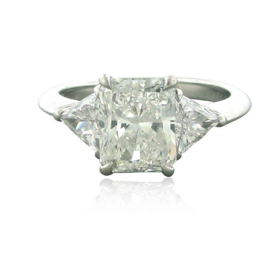 Two Platinum: Tiffany & Co Platinum 2.09ct G/VS1 Diamond Engagement Ring