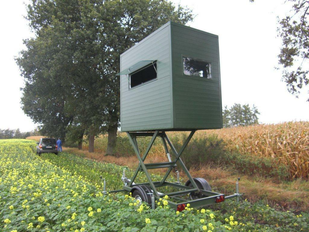 Portable Trailer Deer Hunting Blinds : Tower hunting blind mobile hydraulic lift deer stand on