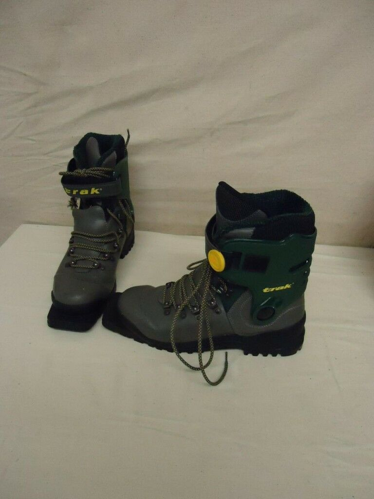 Trak Cross Country Ski Boots 3 Pin XC Telemark Size 10