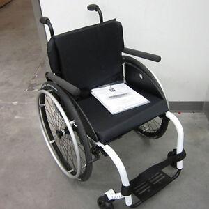 tilite 17x15 aero z aluminum wheelchair sn 11921745. Black Bedroom Furniture Sets. Home Design Ideas