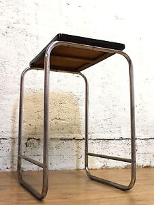 tisch beistelltisch 30er 40er bauhaus art deco stahlrohr. Black Bedroom Furniture Sets. Home Design Ideas