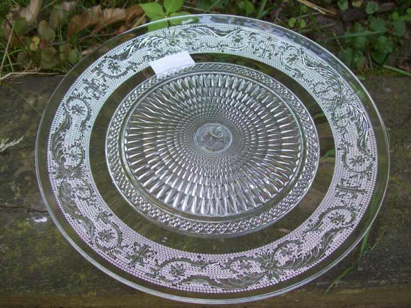 tortenplatte glas auf fu etagere kuchenplatte 23 cm glasplatte ebay. Black Bedroom Furniture Sets. Home Design Ideas