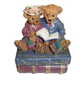 Travelling-Teddies-Regency-Fine-Arts-Romantic-Novels-ceramic-leonardo-collection