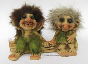 Troll couple on a tree trunk, NyForm Troll 175 Norway, Norvegia,wedding gift - <span itemprop='availableAtOrFrom'>Hainichen, Deutschland</span> - Troll couple on a tree trunk, NyForm Troll 175 Norway, Norvegia,wedding gift - Hainichen, Deutschland