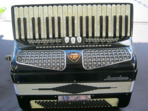 "VINTAGE ACCORDION ""EXCELSIOR "",19.25 inch"" KEYBOARD,120 BASS, GREAT PLAYER in Musical Instruments & Gear, Accordion & Concertina 