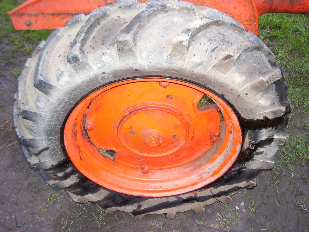 Tractor Rear Tires : Chalmers b tractor rear tires us royal farm