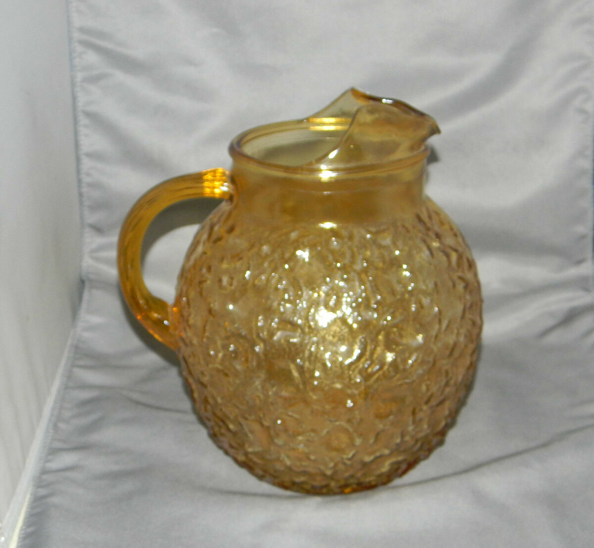 ANCHOR HOCKING GLASS COMPANY LIDO MILANO CRINKLE AMBER BALL PITCHER