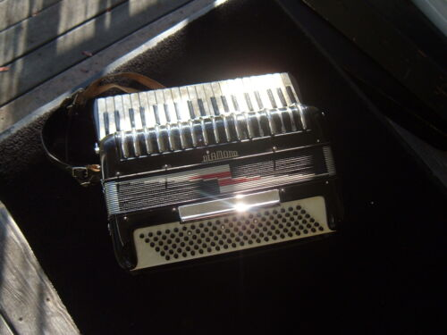 VINTAGE DIAMOND ACCORDION MADE IN ITALY in Musical Instruments & Gear, Accordion & Concertina | eBay