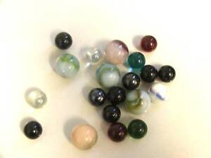 "VINTAGE LOT OF 20 MARBLES 5/8"" DIAMETER AND COLOR CLEAR in Toys & Hobbies, Marbles, Pre-1970 