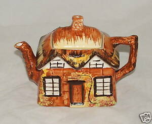 VINTAGE-PRICE-KENSINGTON-COTTAGE-WARE-TEAPOT