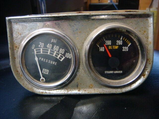 Vintage Stewart Warner Oil Pressure Gauge and Oil Temp Gauge