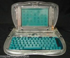 Vintage-Apple-Computer-PROTOTYPE-eMate-300-Laptop-CLEAR-CASE-Newton-Macintosh