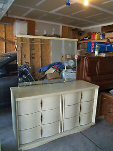 Real Wood Furniture Vintage Late 1950 S Bassett Bedroom Set
