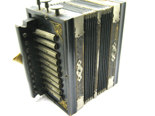 "Vintage "" SOVEREIGN"" "" SAXON MAKE"" Concertina Accordian Still Works All Buttons in Musical Instruments & Gear, Accordion & Concertina 