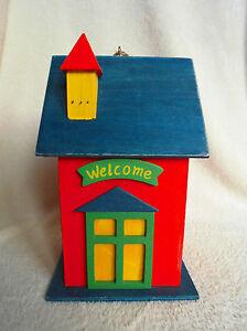 vogelh uschen vogelhaus nistkasten welcome rot. Black Bedroom Furniture Sets. Home Design Ideas