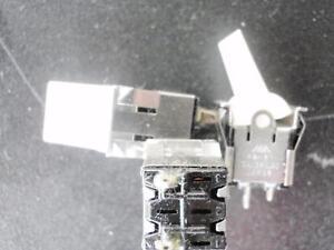 WIPPSCHALTER-weisser-langer-Hebel-AN-AUS-10A-125V-5-Stk-im-Paket-1055