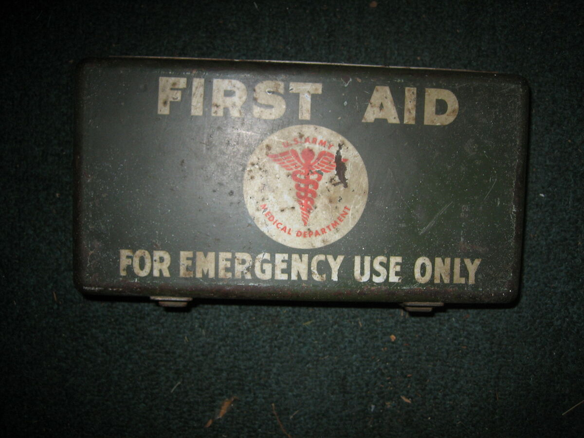 WW2 U s Military First Aid Kit 12 Unit Jeep MB GPW Willys WWII US