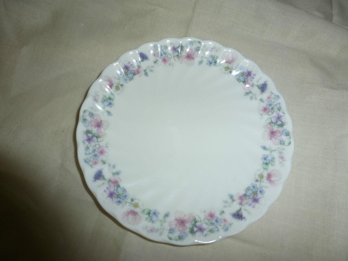 Wedgwood Bone China Plate Made in England Angela 1980 Beautiful Gift