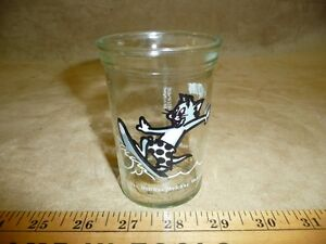 Tom and Jaly http://www.ebay.com/itm/Welchs-Welchs-jelly-glass-Tom-and-Jerry-EUC-vintage-sports-glasses-surfing-jar-/360471704862